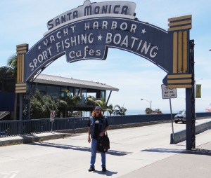 Dan at Santa Monica Pier sign